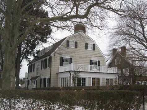 amityville house nightmare on your street 7 real life haunted houses and hotels