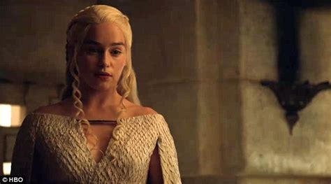 khaleesi bathtub scene game of thrones trailer shows daenerys in bed with daario