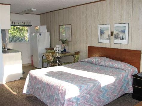 room view picture of alaskan motel westport tripadvisor
