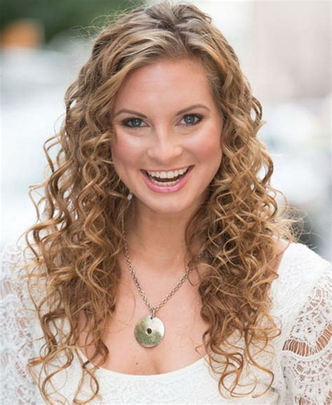 curly hairstyles com pretty curly hairstyles ideas for women s fave hairstyles