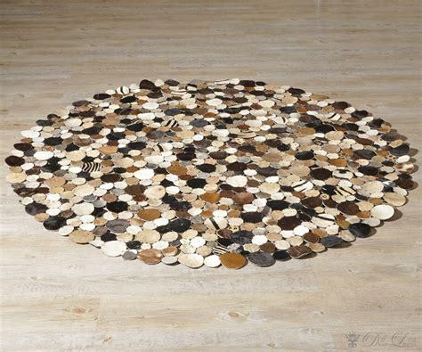 kuhfell teppich rund teppich braun rund haus planen