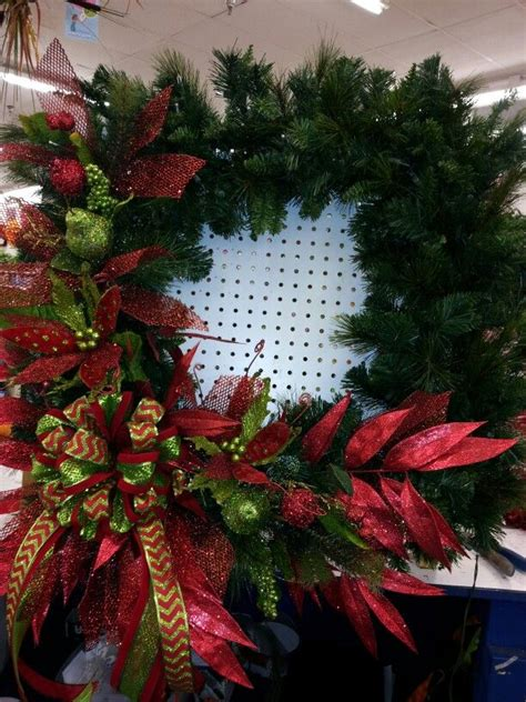 large lighted christmas wreath front door decor