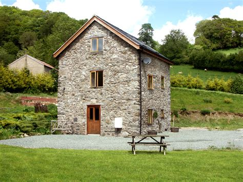 cottages in mid wales quot llanfyllin cottages quot cottages in