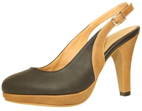 closed toe heeled sandals d jandro s closed toe sandals 4 quot heel matte