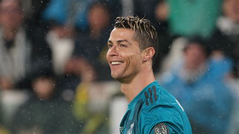 ronaldo juventus usa real madrid vs juventus cristiano ronaldo scores goal of the year candidate in chions