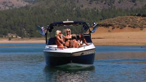 boat woman song xtreme girls wakeboarding youtube