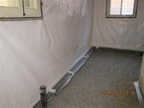vapor barrier to reduce humidity level in basement
