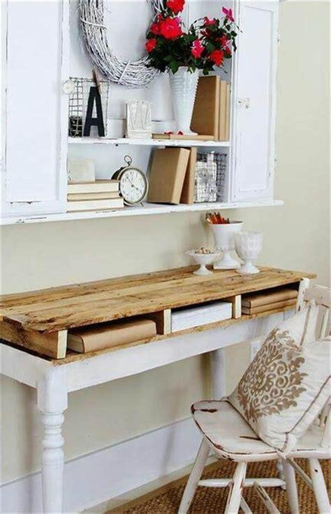 diy wood desk 5 diy easy wooden pallet desk ideas 99 pallets