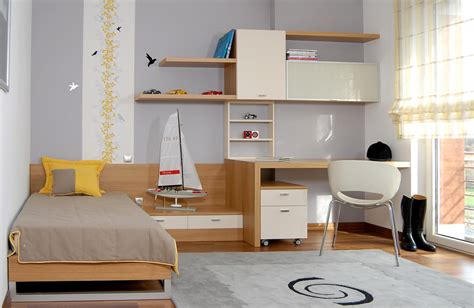 organising a bedroom top tips for organising a teen s small bedroom not