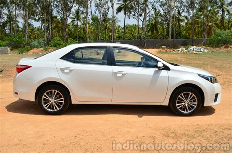 Review Toyota Altis 2014 Toyota Corolla Altis Diesel Review Side Indian