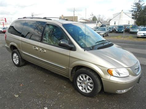 2002 chrysler town and country minivan purchase used 2002 chrysler town country handicap