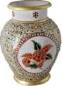 Vintage Flower Vases Wholesale by Antique Vase Manufacturers Suppliers Exporters In India