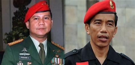 penulis biografi habibie antara baret merah prabowo dan jokowi menuju pilpres mari