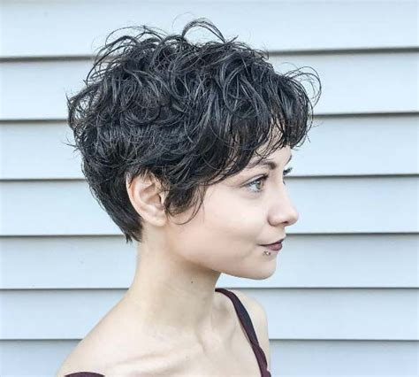 curly pixie cuting guide 90 best images about pixie cuts on pinterest short pixie