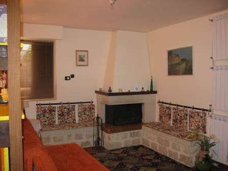 divano in muratura divani in muratura da esterno idee per il design della casa