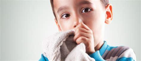 pourquoi un enfant fait pipi au lit l enfant qui r 233 gresse