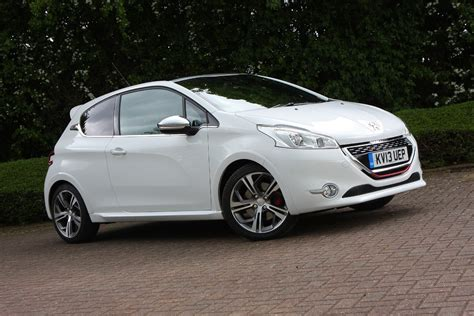 peugeot 208 gti blue peugeot 208 gti 2012 features equipment and