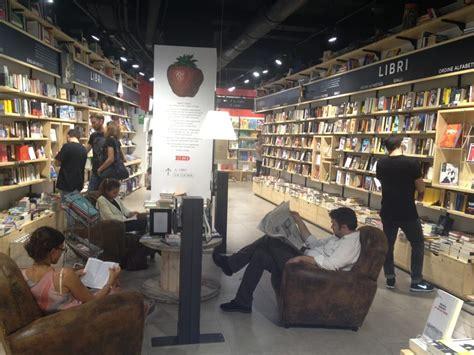 librerie feltrinelli roma indirizzi la feltrinelli chiuso librerie via corso 506
