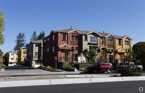 Homes For Rent Fremont Ca by Lunare Townhomes Rentals Fremont Ca Apartments
