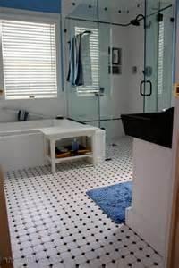 carrelage sol salle de bain noir et blanc peinture