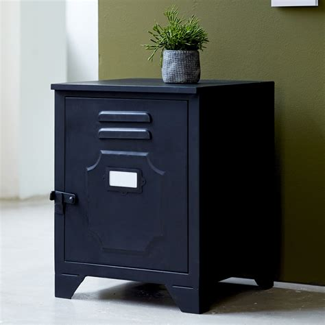 metall nachtschrank tikamoon industriel metal bedside table