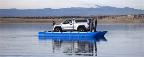 maxxon inflatable pontoons maxxon pontoons pt 16 25 inch tubes carrying a suv