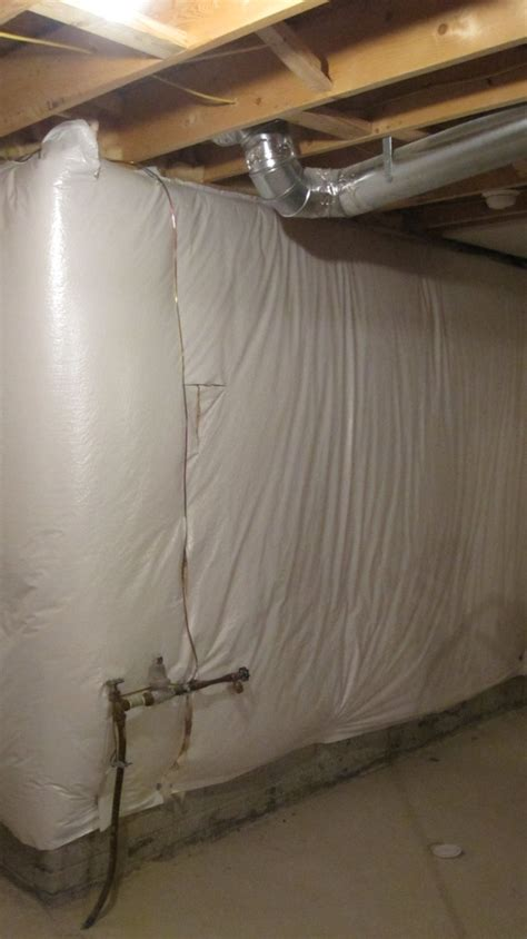 insulating basement walls with fiberglass basement insulation spray foam