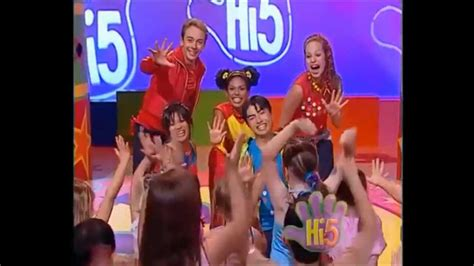 2 In 1 All American Ready Or Not Megcabot Teenlit hi 5 usa all season 1 songs