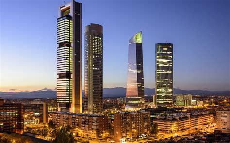 fondos de pantalla  espana casa rascacielos madrid calle noche ciudades descargar imagenes