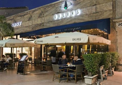 balans restaurant in south lincoln road picture