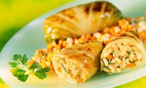 cucina veloce e gustosa involtini di verza ripieni di orzo la ricetta light