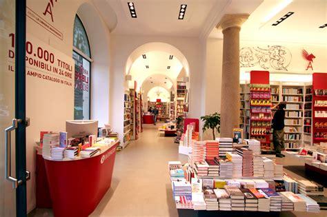 libreria via cavour roma realizzazioni 2008