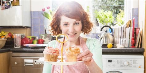 tips cara membuat wanita jatuh cinta dengan cepat kepada cara membuat pria jatuh cinta dengan memasak celoteh wanita