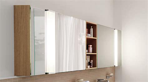 schiebetür bad badezimmer spiegelschrank dekor