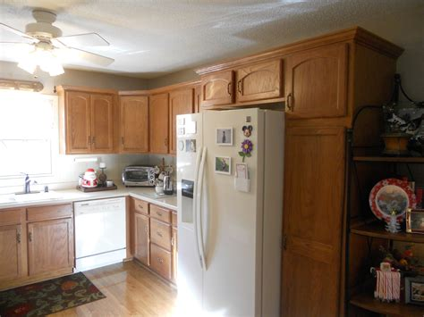 painting old kitchen cabinets white antique white painted kitchen cabinets before jan 2016 04
