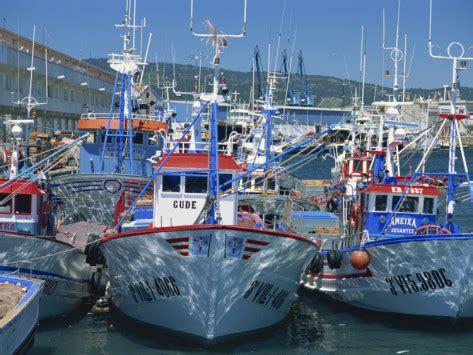fishing boat is spanish china threatens spanish fisheries middle east confidential