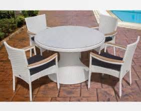 White Wicker Dining Table And Chairs 48 Quot White Wicker Dining Table And Wicker Stacking Chair Set