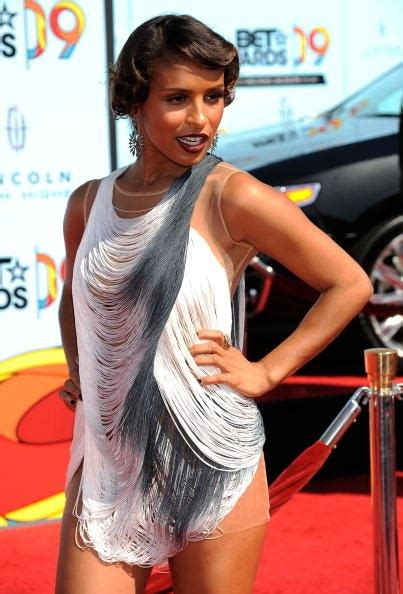 Tyras Fashion Misstep by Alert Some Mysterious Carpet Missteps At The Bet
