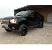 1000  Images About Lifted Avalanche On Pinterest Chevy