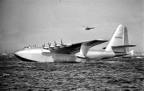 flying boat hughes aircraft the flight of the spruce goose framework photos and