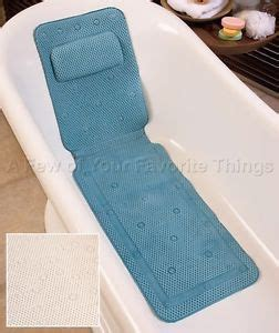 Spa Mat For Bathtub by 1000 Ideas About Tub Mat On Spa Inspired