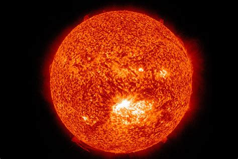 sun solar systems sun in the middle of the solar system pics about space