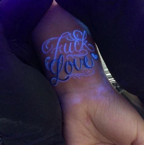glow   dark tattoos thatll   turn