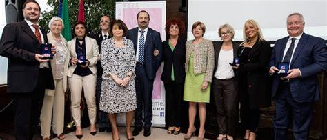ufficio immigrazione roma telefono ambasciatori telefono rosa