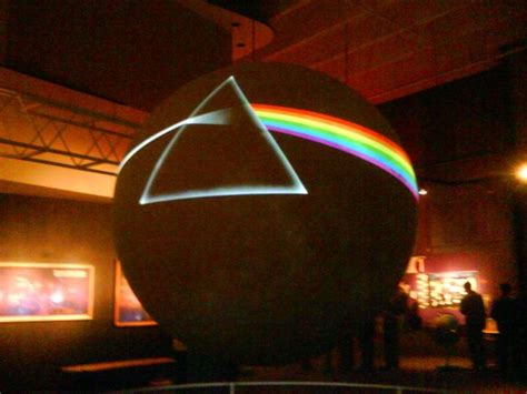 pink floyd the side of the moon testo 1000 images about pink floyd on pink