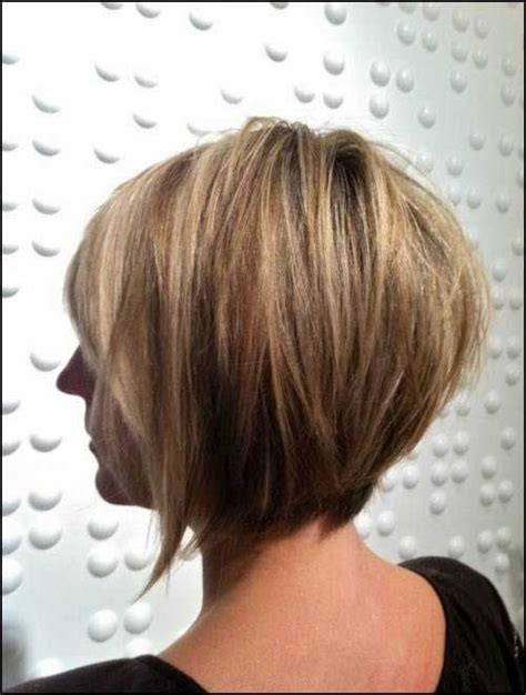 picture of a graduated bo layered front and back view 17 best images about layered bob hairstyles on pinterest