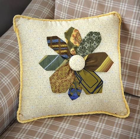 necktie flower pillow crafts n things quilts sewing