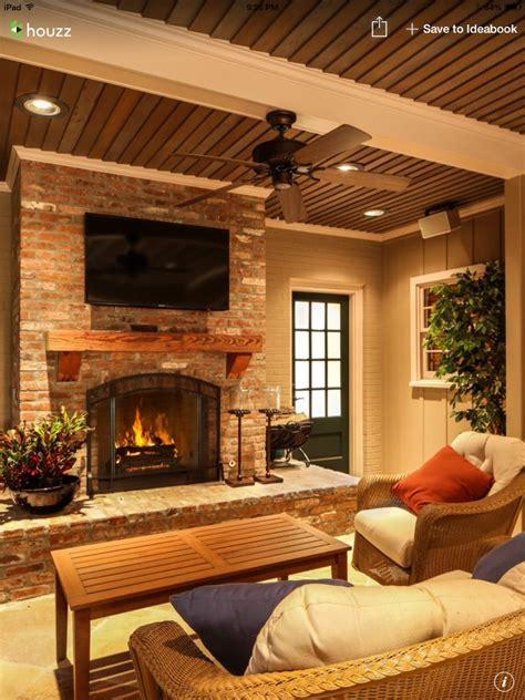 patio interior ladrillo brick patio fireplace w wood mantle patio furniture