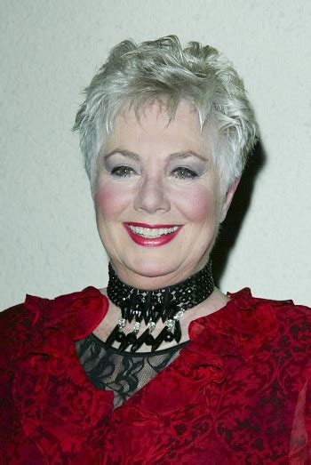 shirley jones haircut hairstyles shirley jones norby walters 2002 holiday