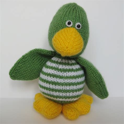 knit toys quacky duck knitting pattern on luulla